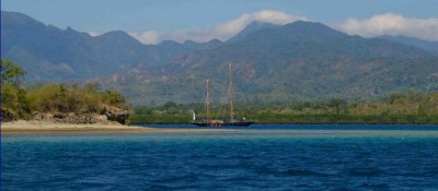 Mir heading out to sea at Sri Lanka